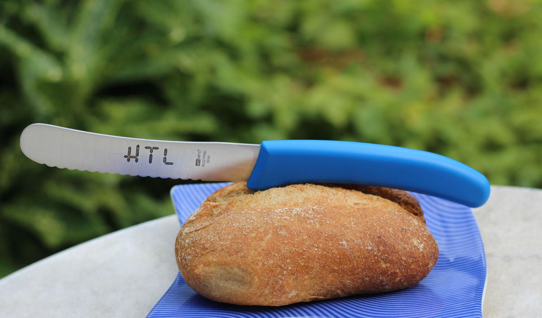 Brötchenmesser mit Welleschliff 6244